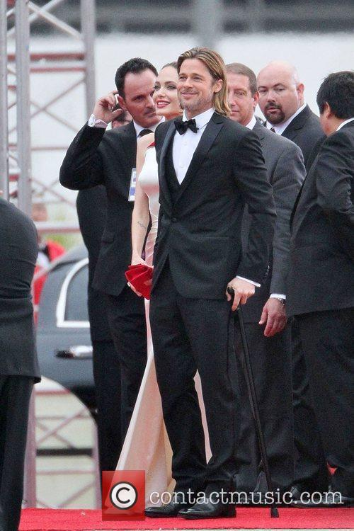 Angelina Jolie, Brad Pitt, Golden Globe Awards and Beverly Hilton Hotel 7