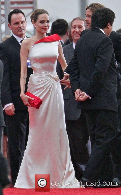 Angelina Jolie, Brad Pitt, Golden Globe Awards and Beverly Hilton Hotel 8