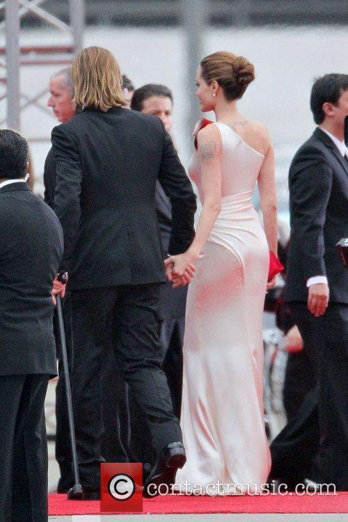 Angelina Jolie, Brad Pitt, Golden Globe Awards and Beverly Hilton Hotel 15