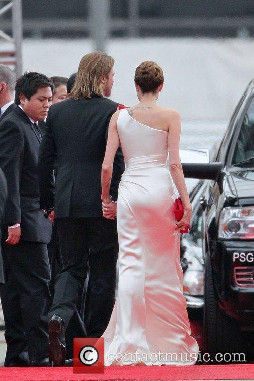Angelina Jolie, Brad Pitt, Golden Globe Awards and Beverly Hilton Hotel 16