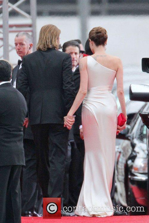 Angelina Jolie, Brad Pitt, Golden Globe Awards and Beverly Hilton Hotel 17
