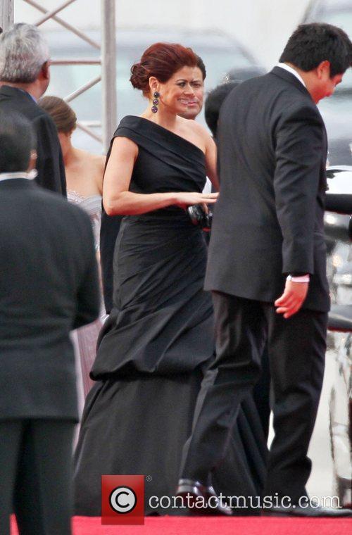 Debra Messing, Golden Globe Awards and Beverly Hilton Hotel 4