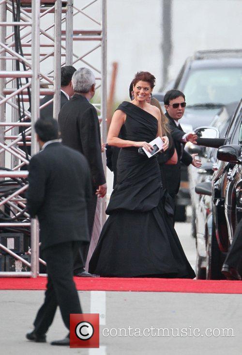 Debra Messing, Golden Globe Awards and Beverly Hilton Hotel 9