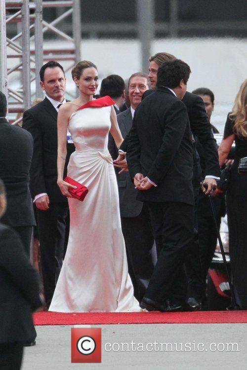 Angelina Jolie, Brad Pitt, Golden Globe Awards and Beverly Hilton Hotel 35
