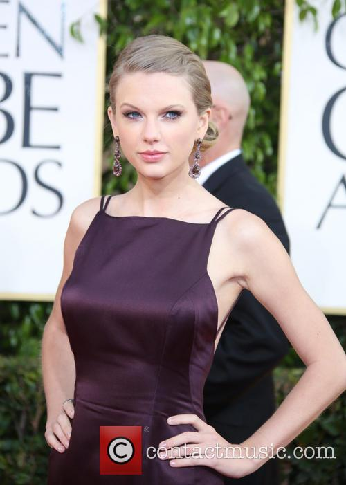 Taylor Swift and Beverly Hilton Hotel 3