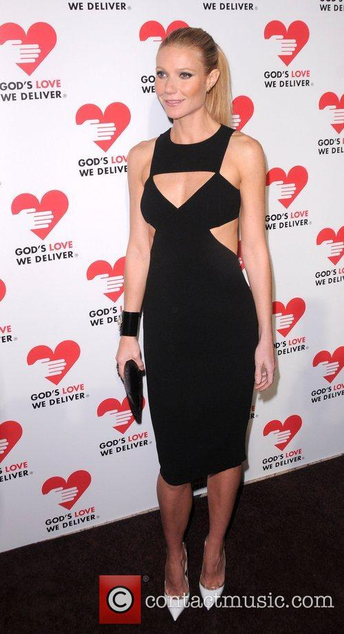 Gwyneth Paltrow God's Love We Deliver 2012 Golden...