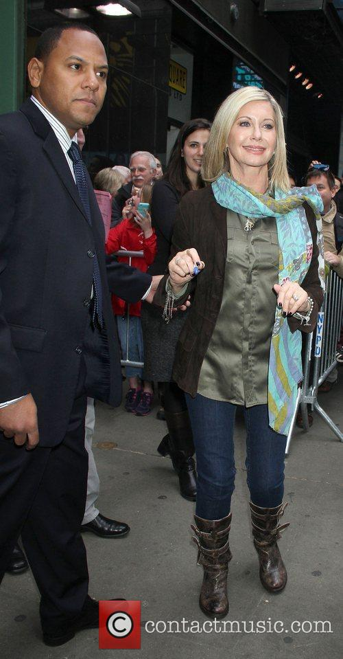 Olivia Newton-john and Good Morning America 3