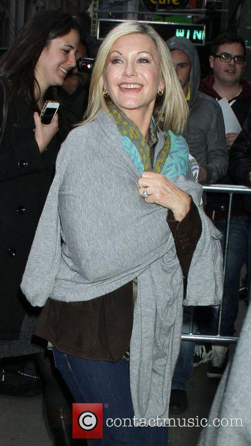 Olivia Newton-john and Good Morning America 7