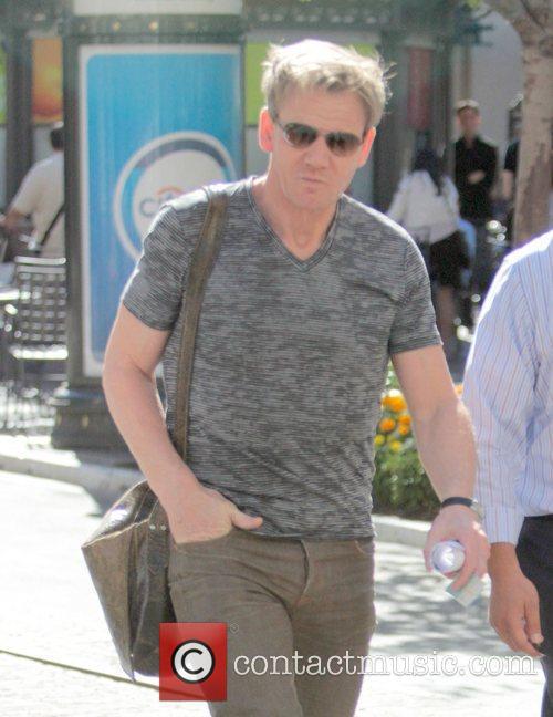 Gordon Ramsay Shopping at the Grove in Hollywood...