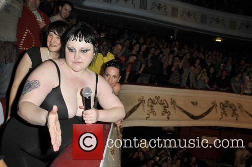 beth ditto of gossip performing live at 3979947