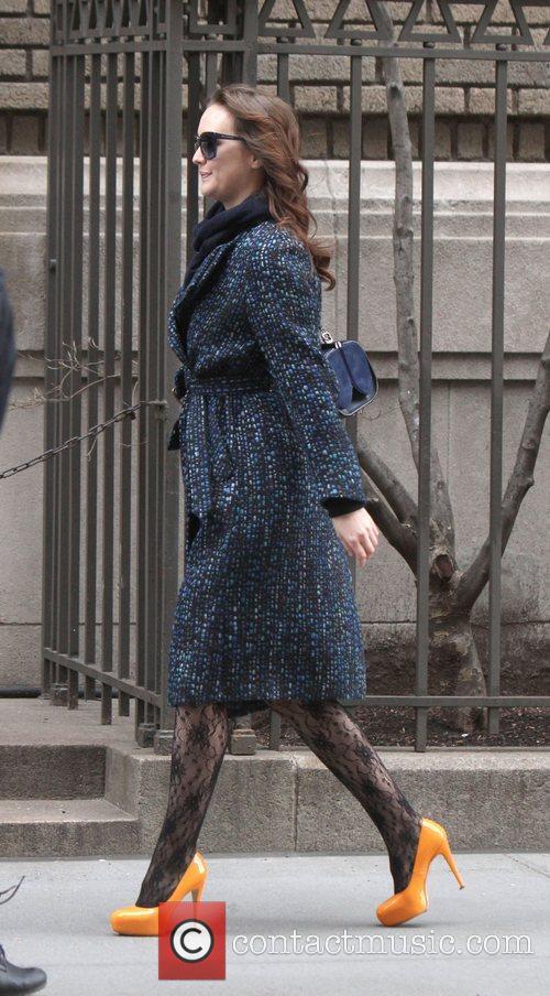 Leighton Meester 'Gossip Girl' shooting on location in...