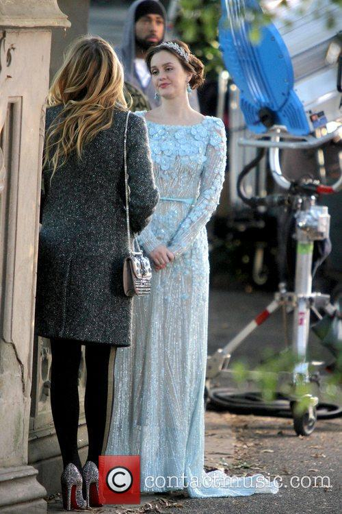 Leighton Meester and Central Park 12