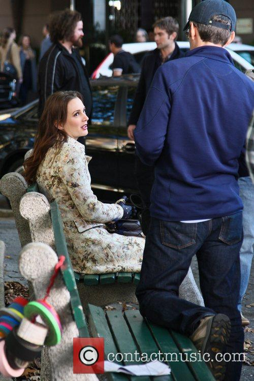 Leighton Meester and Chase Crawford 4