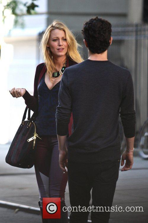 Blake Lively and Penn Badgley 8