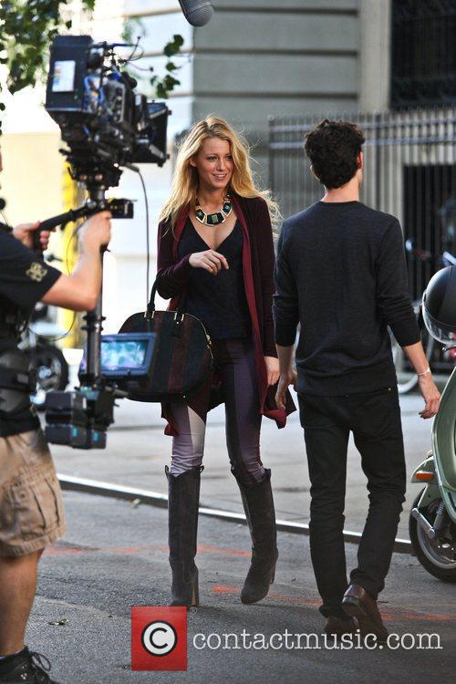 Blake Lively and Penn Badgley 9