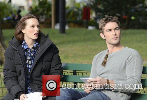 Leighton Meester and Chase Crawford 9