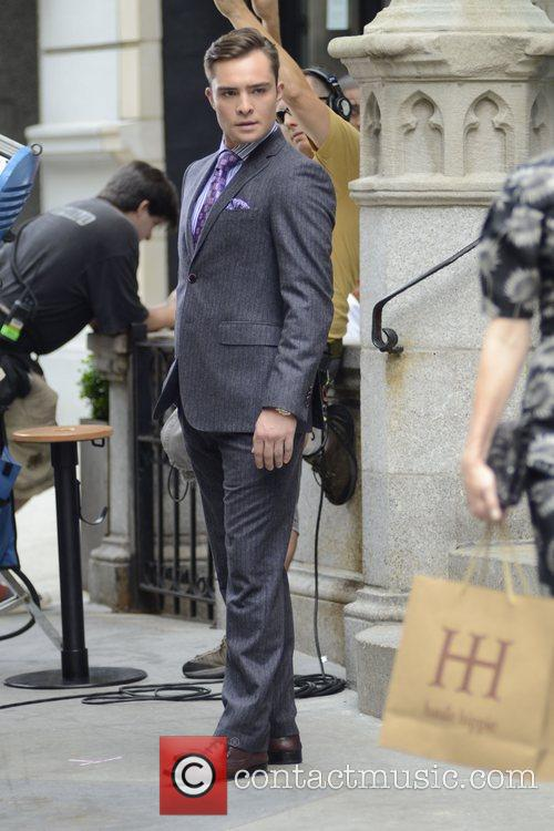 Ed Westwick filming on the set of 'Gossip...