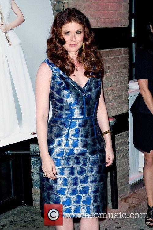 Debra Messing 11