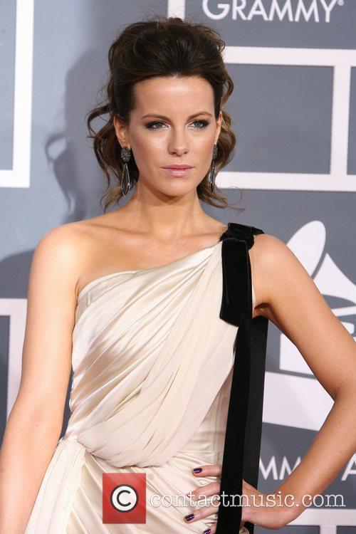 Kate Beckinsale, Grammy Awards and Grammy 6