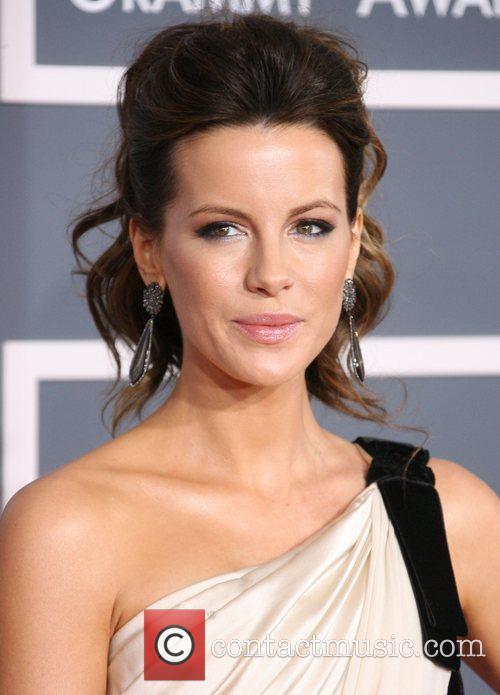 Kate Beckinsale, Grammy Awards and Grammy 7