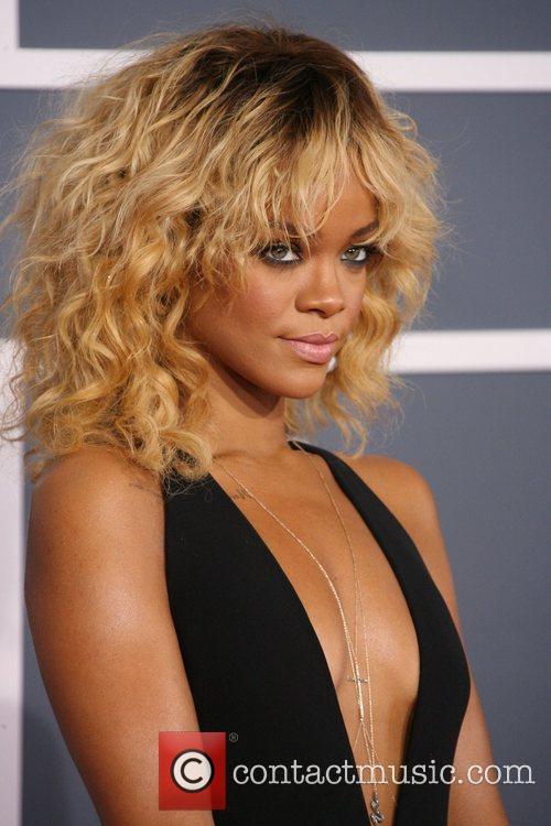 Rihanna, Grammy Awards and Grammy 6
