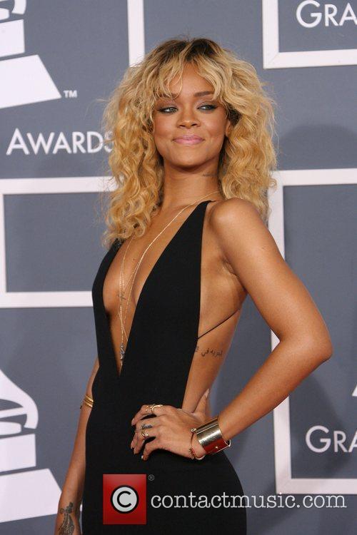 Rihanna, Grammy Awards and Grammy 7