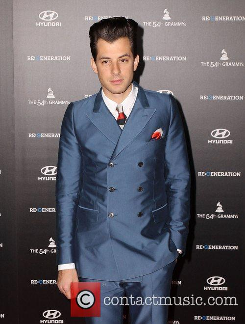 Mark Ronson and Grauman's Chinese Theatre 1