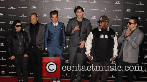 Mark Ronson and Grauman's Chinese Theatre 3