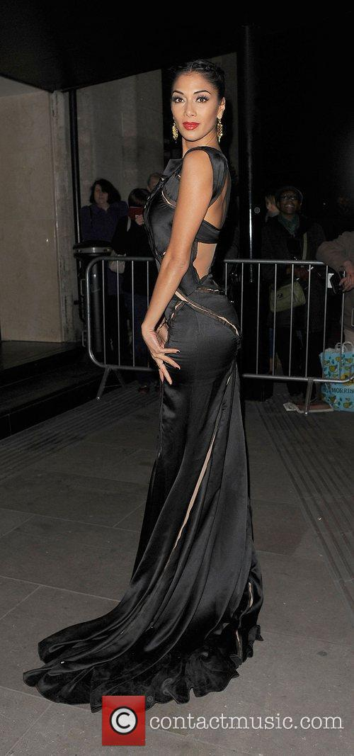 nicole scherzinger leaving grosvenor house hotel london 4162220