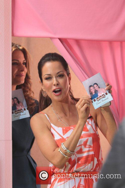 Brooke Burke appears on 'Extra' at The Grove