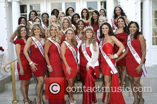 Miss America contestants attend the Guard A Heart...