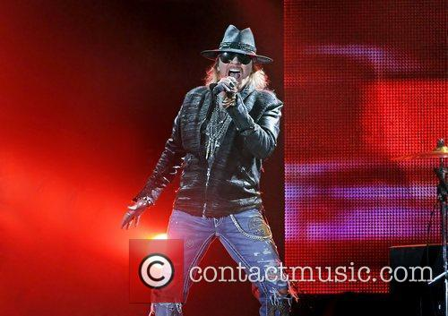 Axl Rose and Liverpool Echo Arena 23
