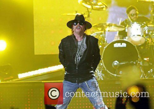 Axl Rose and Liverpool Echo Arena 24