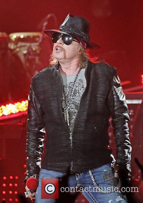 Axl Rose and Liverpool Echo Arena 25