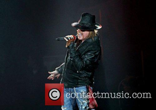 Axl Rose and Liverpool Echo Arena 30
