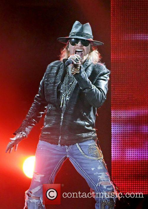 Axl Rose and Liverpool Echo Arena 31
