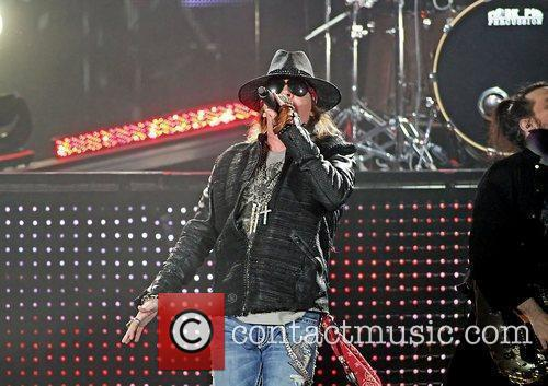 Axl Rose and Liverpool Echo Arena 32