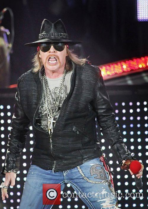 Axl Rose and Liverpool Echo Arena 18