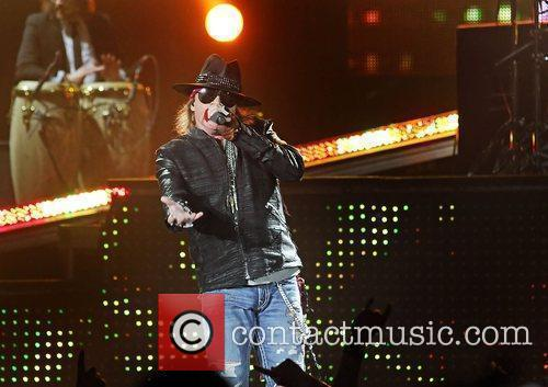Axl Rose and Liverpool Echo Arena 38