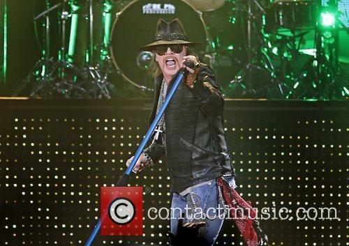Axl Rose and Liverpool Echo Arena 19
