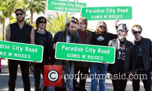 Guns N' Roses 3