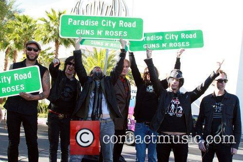 Guns N' Roses 2