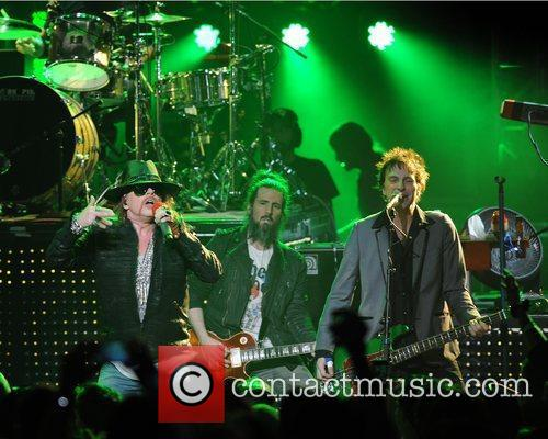 MIAAxl Rose, Ron Bumblefoot Thal and Tommy Stinson...