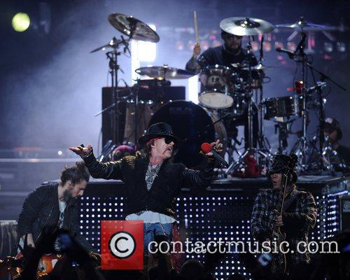Ron Bumblefoot Thal, Axl Rose, Frank Ferrer and...