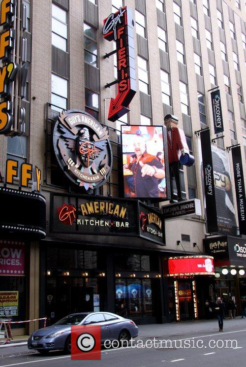 Atmosphere and Times Square 4