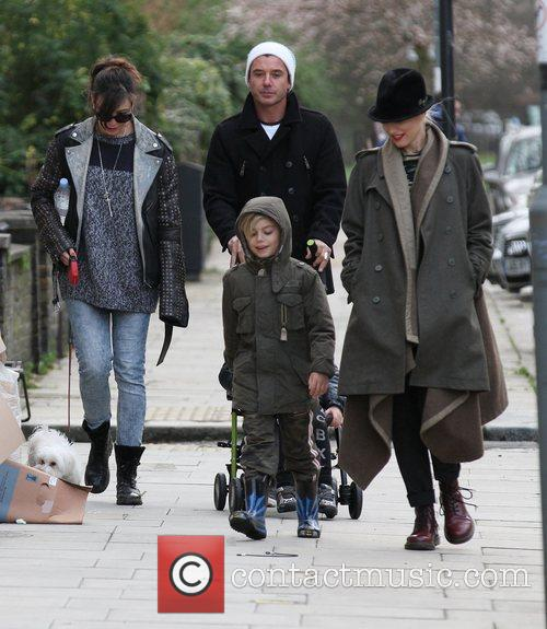 Gwen Stefani, Gavin Rossdale, Kingston, Zuma and Daisy Lowe 7