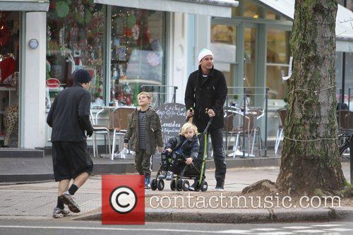 Gwen Stefani and her family take a walk...