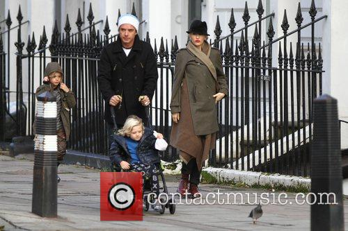 Gwen Stefani, Gavin Rossdale, Zuma Rossdale and Kingston Rossdale 3