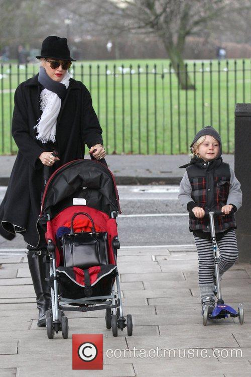 Gwen Stefani, Zuma, Princess Of Wales, Gavin, Kingston and Primrose Hill 4