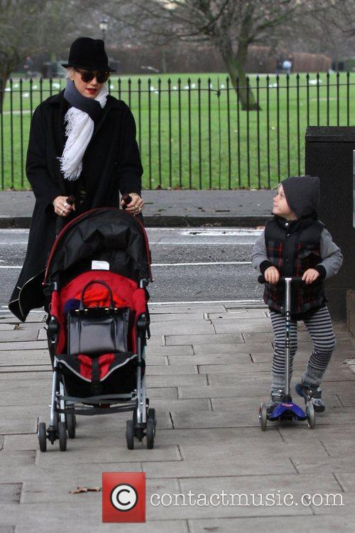 Gwen Stefani, Zuma, Princess Of Wales, Gavin, Kingston and Primrose Hill 2